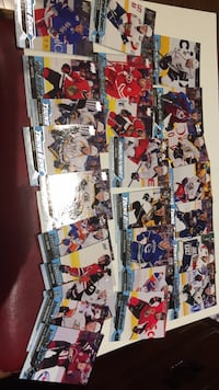 2016-17 Upperdeck Young Guns lot of 25 New Tecumseth, L9R