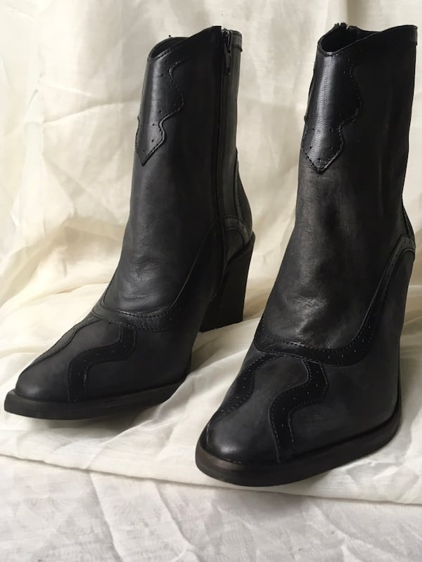 New With Tags Free People Winding Road Boot ef76757a-bf18-42e1-aff1-d0cf24d85d2f