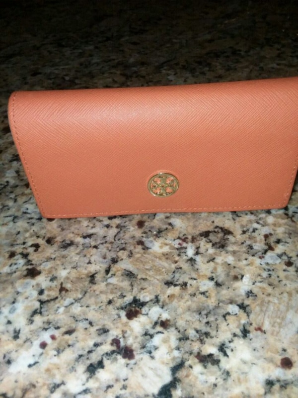 ba525d123cb3 Used Tory Burch eyeglass case for sale in Fort Worth - letgo