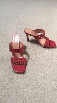 Nice red leather shoes. Made in Italy. Number 8. Virginia Beach, 23454