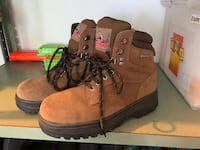 Men's size 9 work boots Mattawan, 49071
