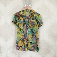 Beautiful floral Button Down Shirt small Toronto, M4M 2G3