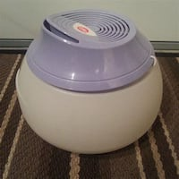 white and gray plastic container 3142 km