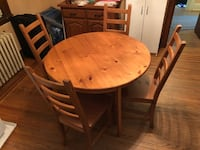 Beautiful ikea table and chairs  - pick up in Hamilton Oakville, L6L 5C9