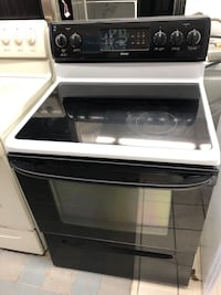 Kenmore 5 burners self cleaning oven electric stove 4 months warranty