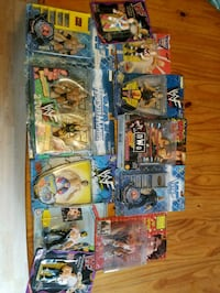 WWF OLD FIGURES , STILL IN PACKGE. ONE AUTOGRAPHED 152 mi