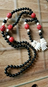 black and red beaded necklace Portland, 97233