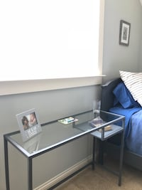 Side or end table/console table  Washington, 20024