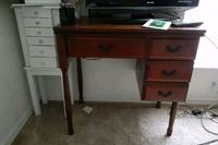 Antique kenmore sewing machine with chair. Lehigh Acres, 33973
