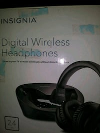 Insignia digital wireless headphones Des Moines, 50317