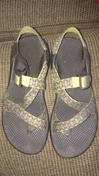 Used Chacos Size 10 Amarillo, 79106