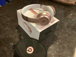 Beast by Dr. Dre Solo3 headphones Sound Isolating Bluetooth