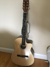 Never been used PYLE Guitar