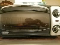 DELONGHI TOUSTER AND GRILL OVEN Toronto, M9V