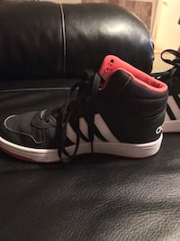 Addis's size 6.5 youth.. only worn a few times.. very good condition. Aiken, 29803
