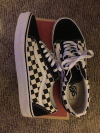 vans old skool checker deadstock size 11 men  Manassas Park, 20111