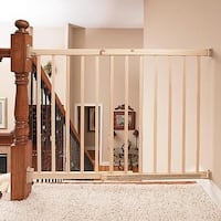 Evenflo top-of-stair plus baby gate Toronto, M4J