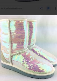 Sparkle uggs Mississauga, L5B 0A1