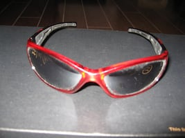 TEENAGES SUNGLASSES