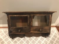 Wooden decorative shelf Oxon Hill, 20745