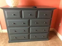 Solid pine wood dresser like new Toms River, 08753