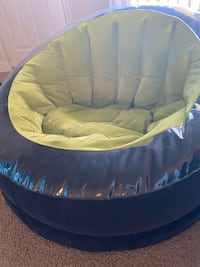 Inflatable chairs (2 chairs)