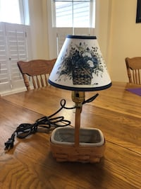 Longaberger basket lamp Harpers Ferry, 25425