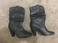 Boots (size 6) Mississauga, L4Y 3G8