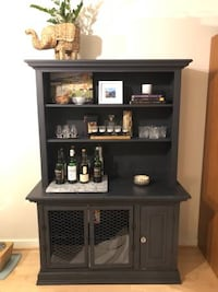 Bookcase hutch with dog crate - $80 (Washington DC 20005)