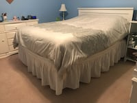 Full size bed w/ mattress/Box spring 2 dressers, 2 cabinets & 3 lamps  Port Deposit, 21904