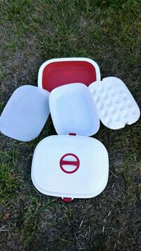 three white, red, and blue plastic containers Tacoma, 98422