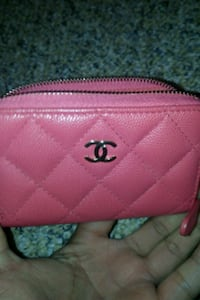 Chanel card holder Vancouver, V5N 5A4