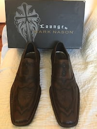 Men's Brand New, size 10.5 brown leather designer shoes 44 km