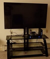 55' tv and glass tv stand Saint Paul, 55104