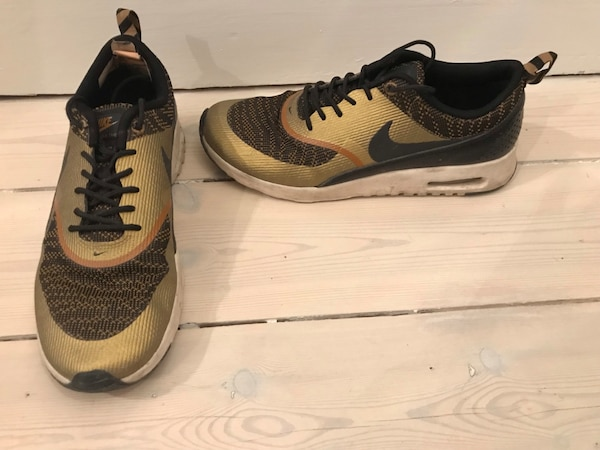 uk availability ecac8 d481b Used Nike sneakers strl 40 for sale in Stockholm