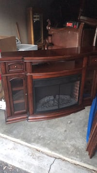 Entertainment system with heater fireplace Gambrills, 21114