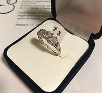 Gold and diamond ring size 7 Toronto, M6B 1A7