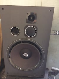 Black and gray subwoofer radiosphere