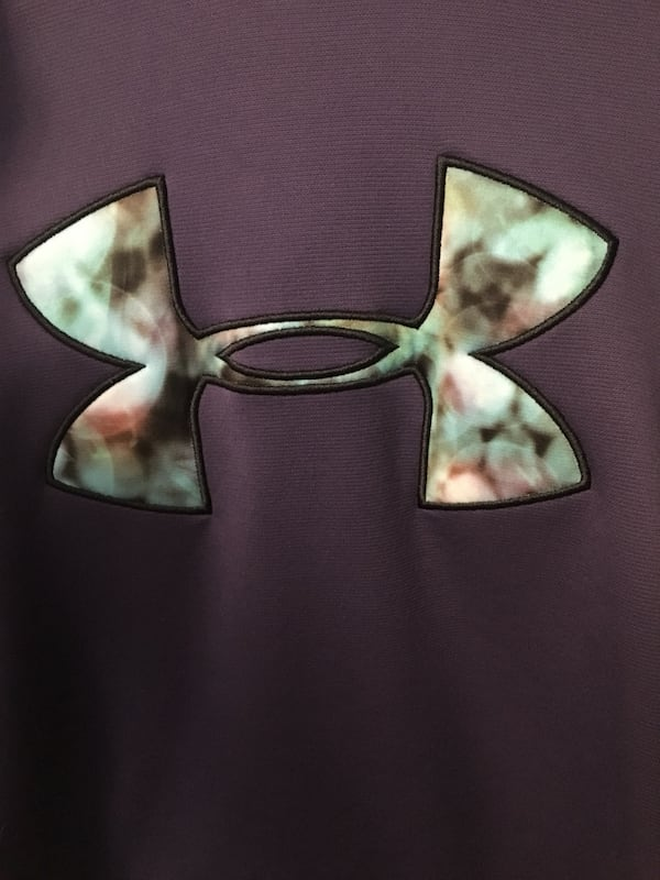 Under Armour Sweater 1