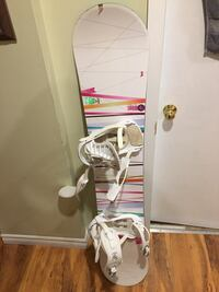 Women's snowboard , bindings and boots  Milton, L9T 3N5