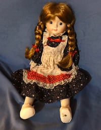 Porcelain Doll TW-533 My Name is Renee