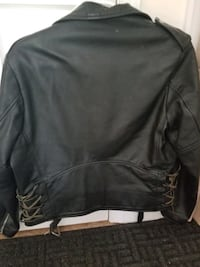 Man's Motorcycle jacket.. great condition.. size 44  Bristow, 20136