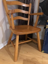 Solid maple leisure chair  Beaconsfield, H9W 1V9