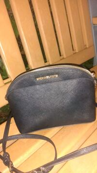 Micheal Kors purse Surrey, V4A 6G3