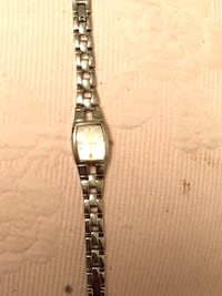 Ladies Fossil watch, Silver $40 Tuscaloosa, 35401