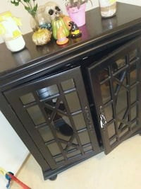 black wooden framed glass cabinet Alexandria, 22314