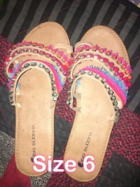 pair of pink-and-brown sandals Bend, 97701