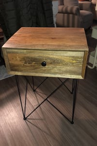 Side table Livonia, 48152