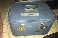 Vintage sewing box with assessor he's Catonsville, 21228