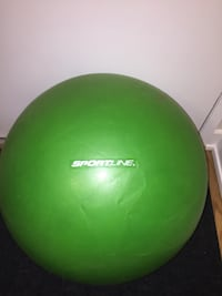Green and white yoga  ball Coquitlam, V3K 3V3